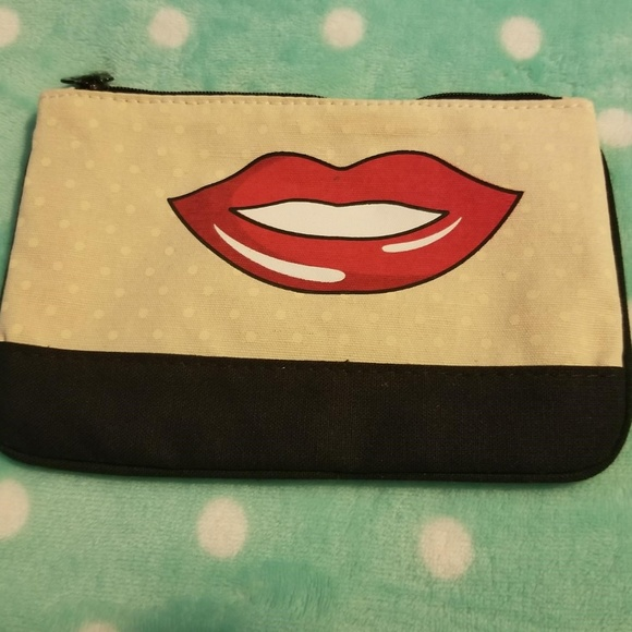 ipsy Other - Makeup Bag
